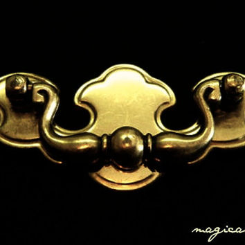 Vintage Chippendale Drop Pull in Solid Brass / Salvaged Restoration Hardware for Furniture, Cabinets & Decor