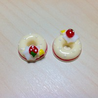 2 pcs Yellow Strawberry, Cream and Heart Donuts Cabochon Flatbacks 18 x 18 mm