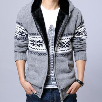 2017 Men Fleece Hooded Knit Sweaters Christmas Snowflake Mens Thick Sweater Zipper Cardigan Jacket 13M0212