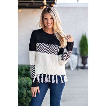 Between You & Me Fringe Detail Sweater : Black/Cream