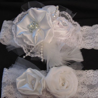 Wedding garter set Bridal garter, In shades of white with lace and pearls, pearl and rhinestone center with pearl stickpin