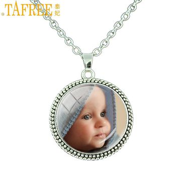 TAFREE Personalized Photo Pendant Necklace Photo of Your Baby Child Mom Dad Grandparent Loved One Gift for Family Members NA01