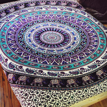 By The Moon - Virgo Mandala Throw - Queen