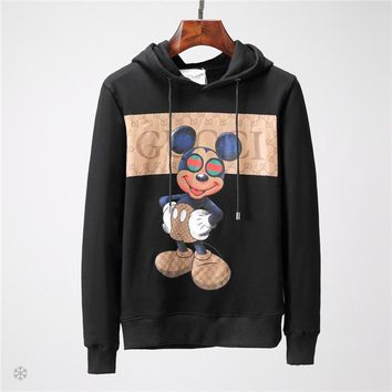 2d173d00df6 GUCCI x Mickey Mouse co-branded autumn and winter men s simple printed  sleeve long-