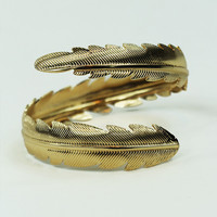 Egyptian Feather Arm Cuff in Gold
