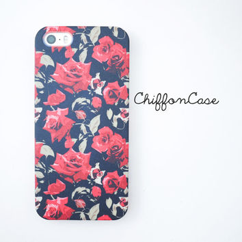 Black Rose iPhone 5 case, Floral iphone 5s case, iphone 5 cover, cute iphone 5s cover, vintage iphone case, iphone cover, cases