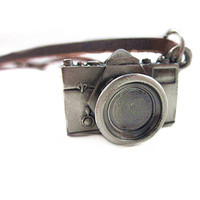 Jewelry necklace leather necklace chains necklace men necklace women necklace made of leather chains camera  pendant necklace