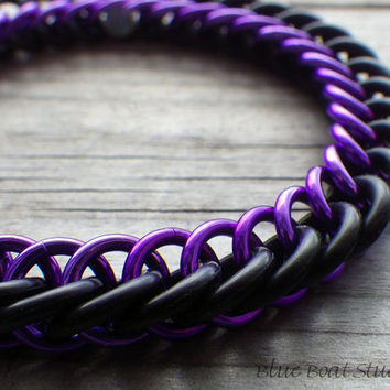 Purple and black rubber chainmaille bracelet; stretchy chainmaille bracelet; chainmaille jewelry; rubber chain maille bracelet
