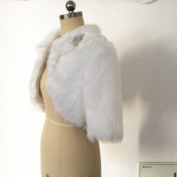 Half Sleeves Wedding Bolero Jacket Shrugs for Women Ivory Winter Bride Coat Special Occasion Accessory Fur Wrap