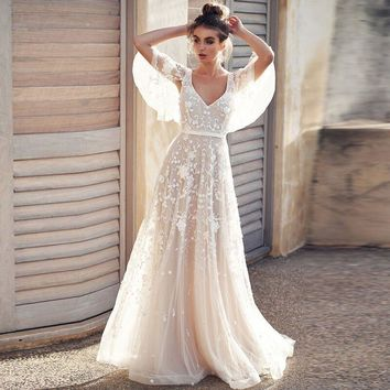 Appliques V-Neck Backless With Cap Sleeves Lace Romantic Bridal Wedding Dress