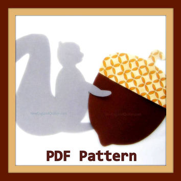 Grey Squirrel and Jumbo Acorn PDF Pattern - Woodland Magic Series - Quilt Block - No Sew Iron On - Sewing - DIY - Template Instant Download