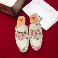 GUCCI Princetown rose print leather slipper