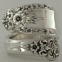 Size 7 Vintage Sterling Silver Floral Spoon Ring