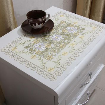 yazi Embroidered Floral Cutwork Table Placemats Yellow Fabric Table Doily Cover Mats 30x45cm Wedding Party Dining Decoration