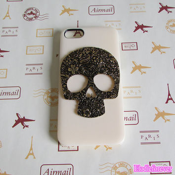 50% Off ON SALE Iphone Case,Metal Skull iPhone 5 case,Skull iphone 4 case, Skull iPhone 4s case,Skull iphone 4 cover,Skull iphone 5 cover