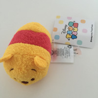 disney store authentic europe winnie the pooh 3 1/2 tsum plush new with tags