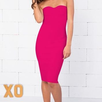 Indie XO Allison Fuchsia Pink Strapless Ribbed Texture Sweetheart Neck Bandage Bodycon Knee Length Midi Dress