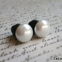 White Pearl Plugs for Gauged Ears, Choose your color, Size 00, 0, 2, 4, 6, gauge, Also available as regular earrings