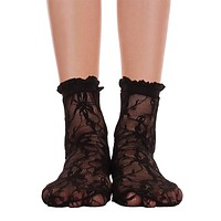 Lace With Ruffle Ankle Socks - Black
