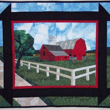 Quilt Pattern:  Red Barn Wall Hanging