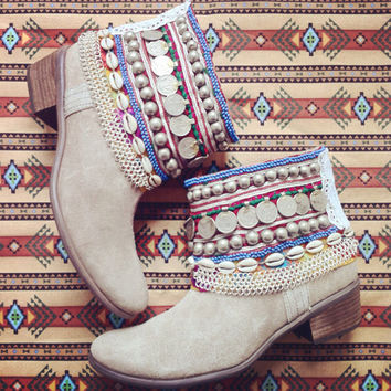Tribal Gypsy Boots --Custom Order--Wilde Nights Design- Wilde Boot Deposit & Request Guide women's cowboy cowgirl