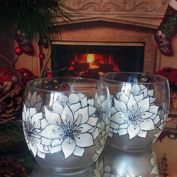 Set of 2 winter hand painted whiskey White and silver Christmas Poinsettia glasses