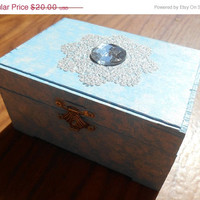 Jewelry Organizer, Jewelry Box, Ice Queen, Snow Queen, Princess jewelry box, Trinket Box, Toothfairy Box, Keepsake Box
