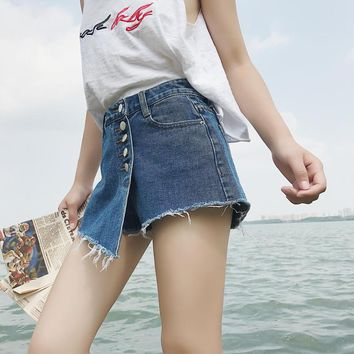 New Front Buttons Washed High Waisted Jeans Short Irregular Fringed Denim Shorts Slim Short Pants Women Pockets Bottoms 2018