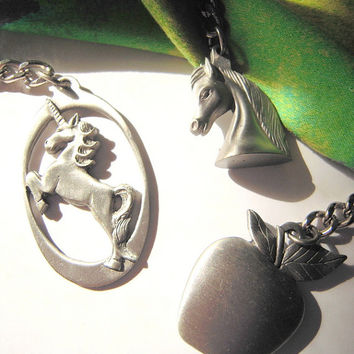 Horse head OR apple keychain / bagpull . purse accessory . solid pewter . horses . teachers . vegetarians . equestrians . Snow White . USA