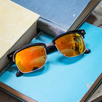 American Sunset Sunglasses in Black and Yellow