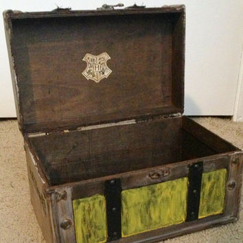 MEDIUM Hufflepuff Themed Harry Potter Inspired Steamer Trunk Keepsake Box, Storage Jewelry Stash Box, Hogwarts, Hermione, Snape, Wizard