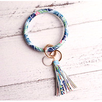 Bracelet-Style Keychain With Tassel (9 Color Options)
