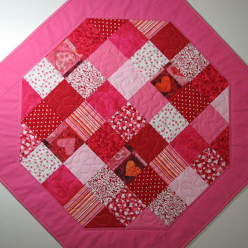 Quilted Table Topper , Valentines Day Patchwork , Red and Pink Octagon Table Topper