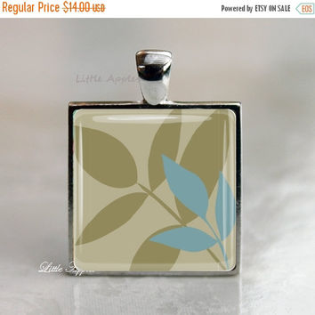 ON SALE Rustic Jewelry, Leaves Keychain, Leaf Necklace, greenish gray