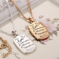 Fashion Love Between Mother and Daughter Gold/Silver Chain Pendant Necklace Best Gift