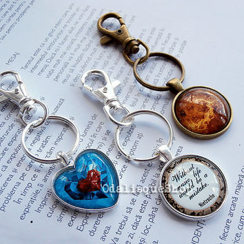 Legend of Zelda keychain piece of heart keyring heart container ocarina jewelry birthday gift necklace handmade glass pendant cabochon dome