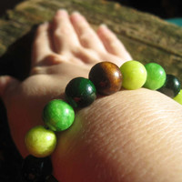 Green Glass and Wooden Beaded Stretch Bracelet