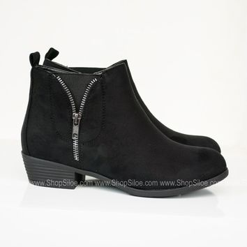 Zoey Suede Booties | Black