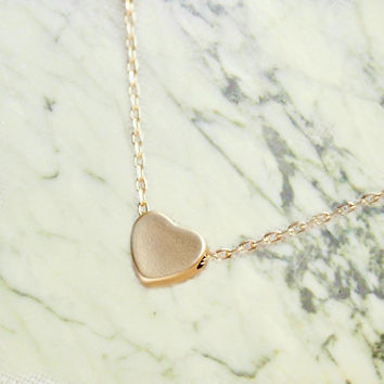 Tiny Heart Necklace -- Gold Heart Necklace -- Small Heart Necklace -- Dainty Gold Necklace -- Small Heart Charm