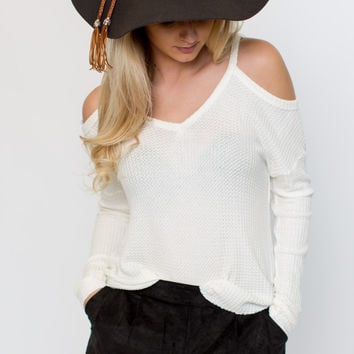 Better Love Cold Shoulder Thermal - Ivory