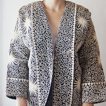 Vintage 40's 30's Rich hand made Embroidery White Cream Black Rare Jacket Folk Free shipping