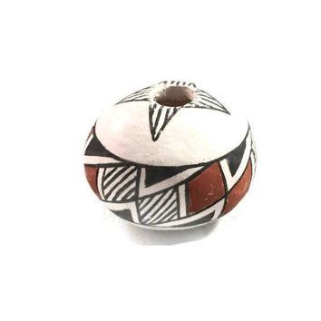 Native American Seed Jar, Acoma Pueblo Pottery Geometric Design, Signed M.G. Oak, Acoma N.M.