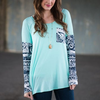 Aztec Waves Top, Mint/Navy