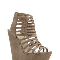 Cage Before Beauty Strappy Wedges