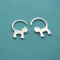 925 sterling silver and pure and fresh and lovely earrings (drawing spirit cat earrings)