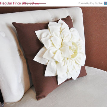 MOTHERS DAY SALE Ivory Dahlia Felt Flower on Brown Pillow  -Pick your Colors- Mum Flower Pillow- Textured Pillow