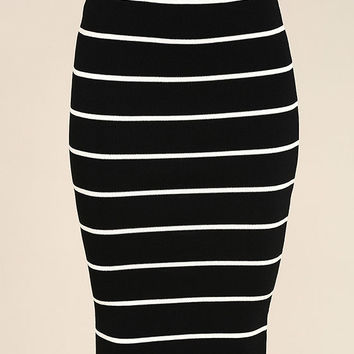 Adaptable Black and White Striped Pencil Skirt