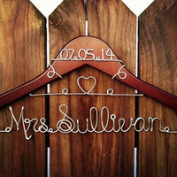 Custom Wedding Hanger with Heart and date, Bridal Hanger with Date, Personalized Custom Bridal Hanger, Brides Hanger, Name Hanger