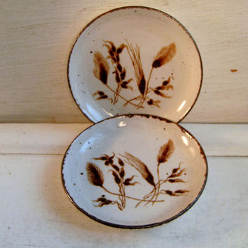 Midwinter Wild Oats, two small round plates, butter dish, appetizer, Made in England, Stonehenge, Wedgwood