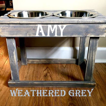Personalized Elevated Dog Bowl Stand / Wooden Pet Feeder / Dog Feeder / Pallet Stand